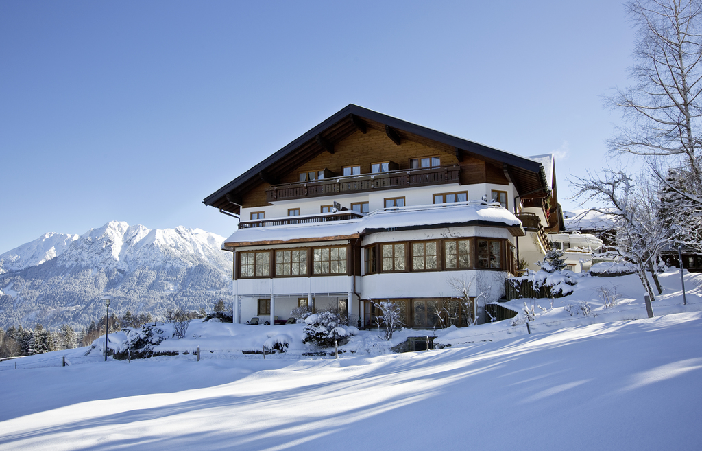 Wintertime in the 4-star hotel Ringhotel Ferienhotel Nebelhornblick in Oberstdorf